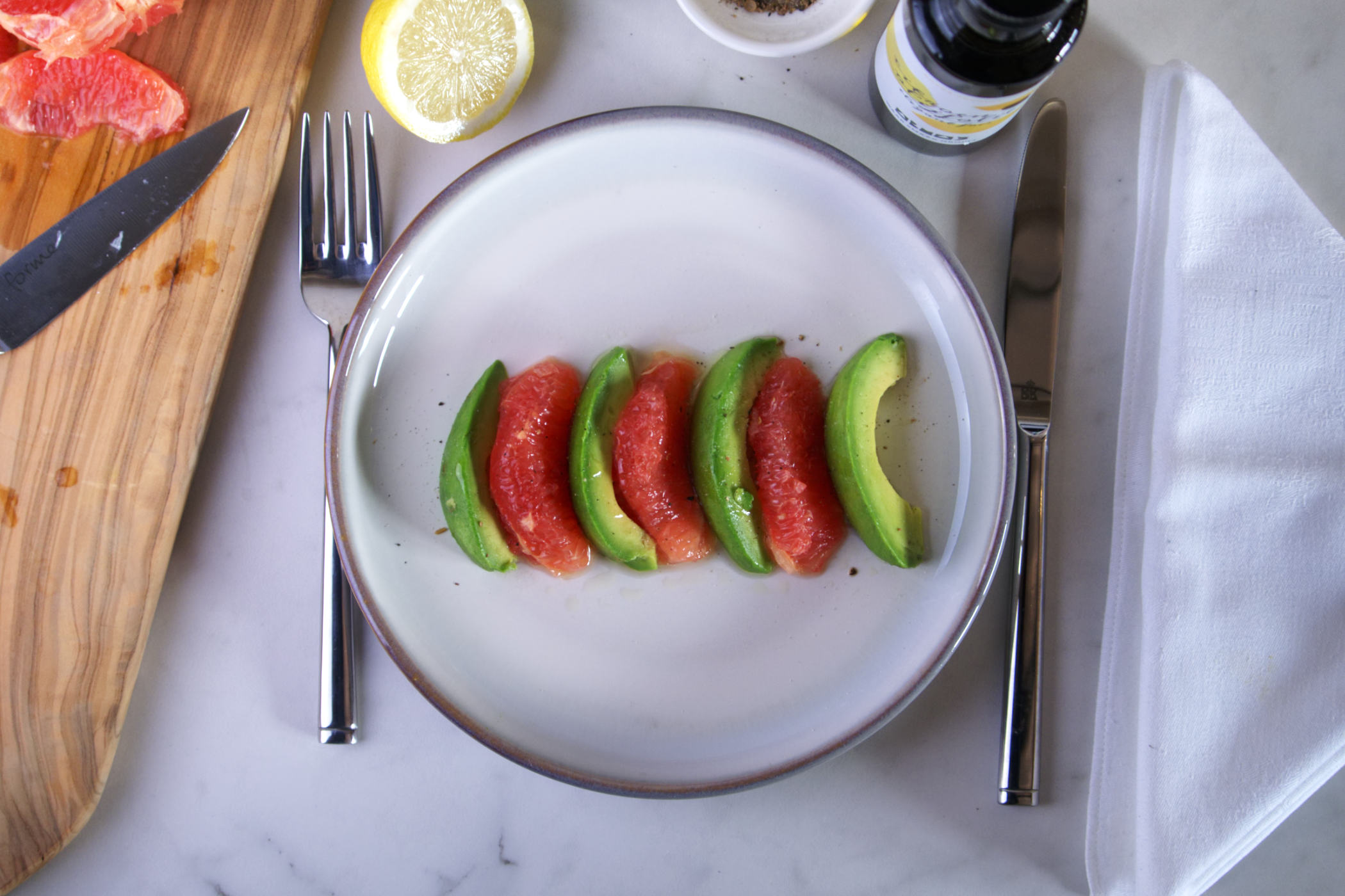 Avocado-grapefruit salade